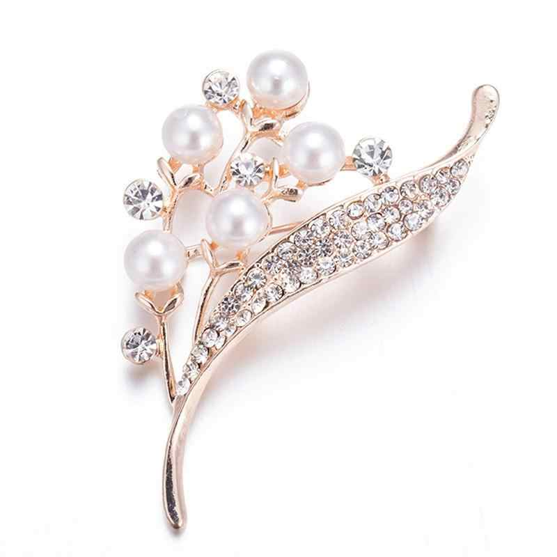 2019 Women Fashion Rhinestone Imitation pearls Flower Brooches Pins Women Wedding Jewelry Accessories