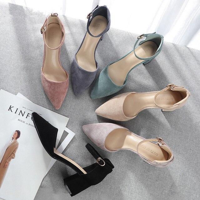 Zapatos de tacón alto cuadrado para mujer, sandalias de ante de imitación con correa en el tobillo, con punta en pico, para oficina, 2020