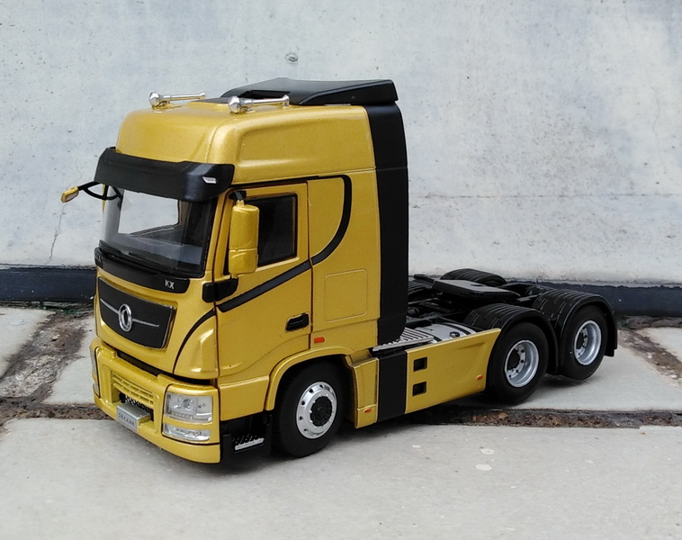 Alloy Model Decoration 1:43 Scale Dongfeng Tianlong H7 Truck Tractor Trailer Diecast Toy Model For Collection,Gift