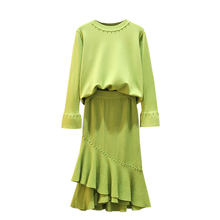 Big Yards M-4XL Sweater Skirts Suit Women Couture Autumn/Winter New Falbala Bust Skirt Brim Nail Bead Coat Two Pcs Knitted Suits