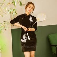 Cheongsam Emboridery Elegant Crane Velvet Qipao Dresses Vestidos Oriental Evening Party Gown Chinese Dress Sexy Plus Size Robe