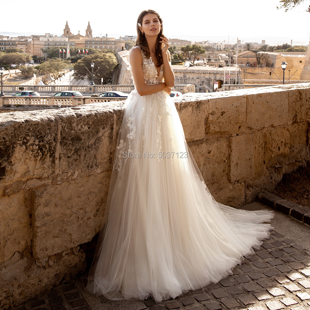 A Line Wedding Dresses Vestido De Noiva Scoop Lace Sleeveless Illusion Appliques Bridal Gown Court Train
