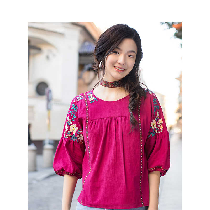 INMAN Summer Women Clothing Pure Cotton Vintage Floral Embroidery Retro Blouse Loose Style Pullover Shirt