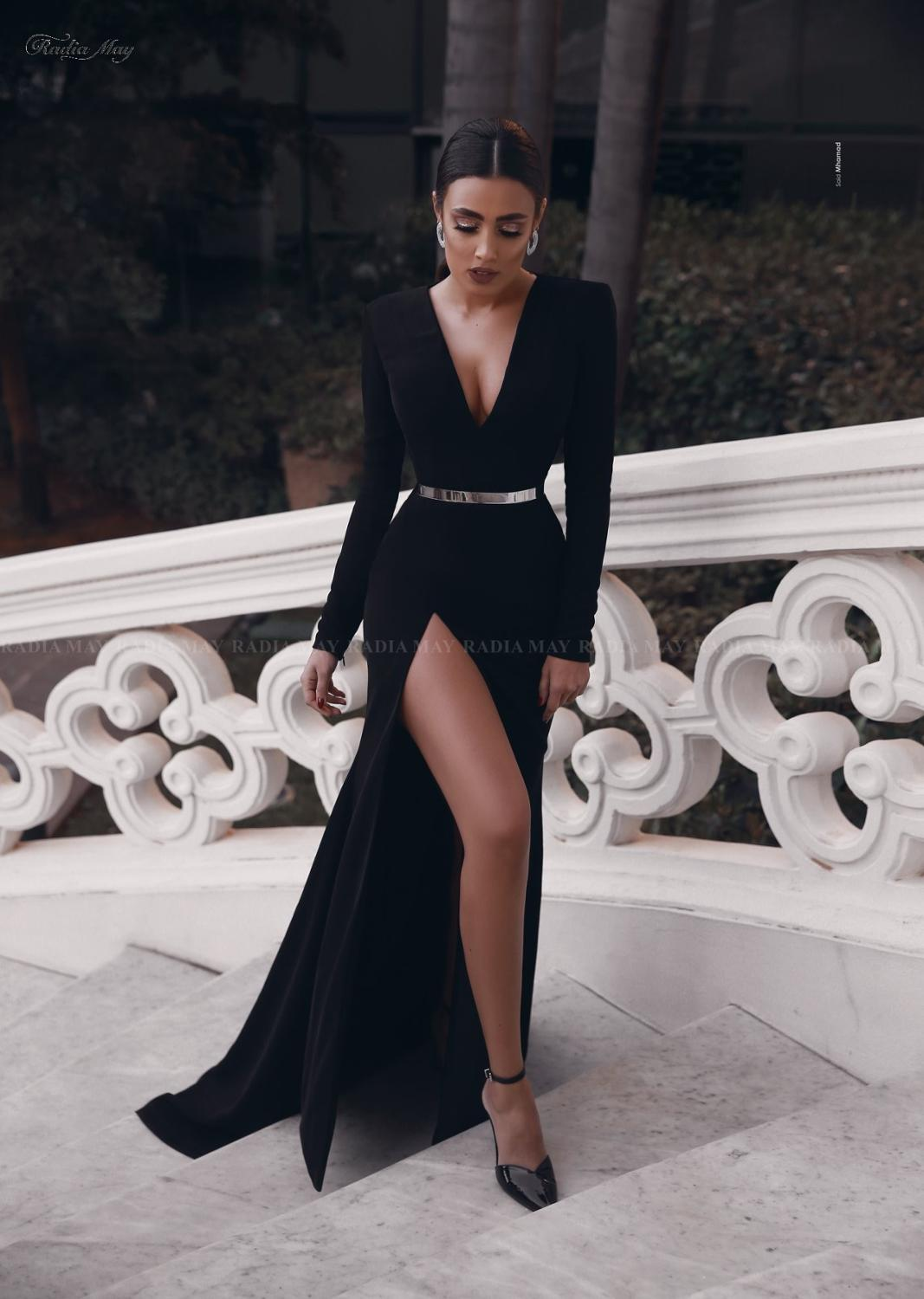 Sexy Deep V-Neck Slit Black Arabic Evening Dress With Long Sleeve Metal Belt Dubai African Long Prom Dresses 2020 Formal Gowns