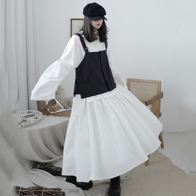 [EAM] Women Loose Fit Black Pocket Brief Temperament Vest New V-collar Sleeveless Fashion Tide Spring Autumn 2021 1DA993 2