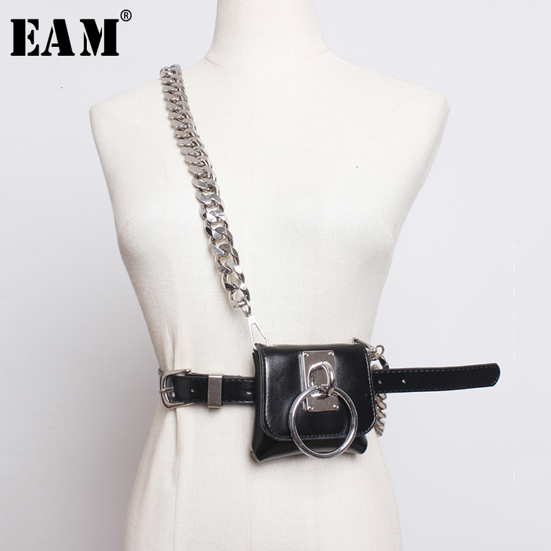 [EAM]  Pu Leather Black Chain Split Mini-bag Long Belt Personality Women New Fashion Tide All-match Spring Autumn 2020 1H770
