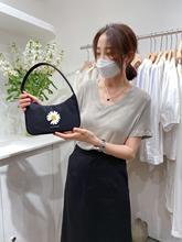 Women Shoulder Bag Vintage Handbag Hobos Bag for Women daisy design bag guette bag Totes Subaxillary daisy Applique armpit bag