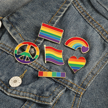 Rainbow Flag Heart Brooches LGBT Pride Lesbian Gay Symbol Enamel Pins Creative Metal Custom Jewelry Lapel Backpack Badges Gifts