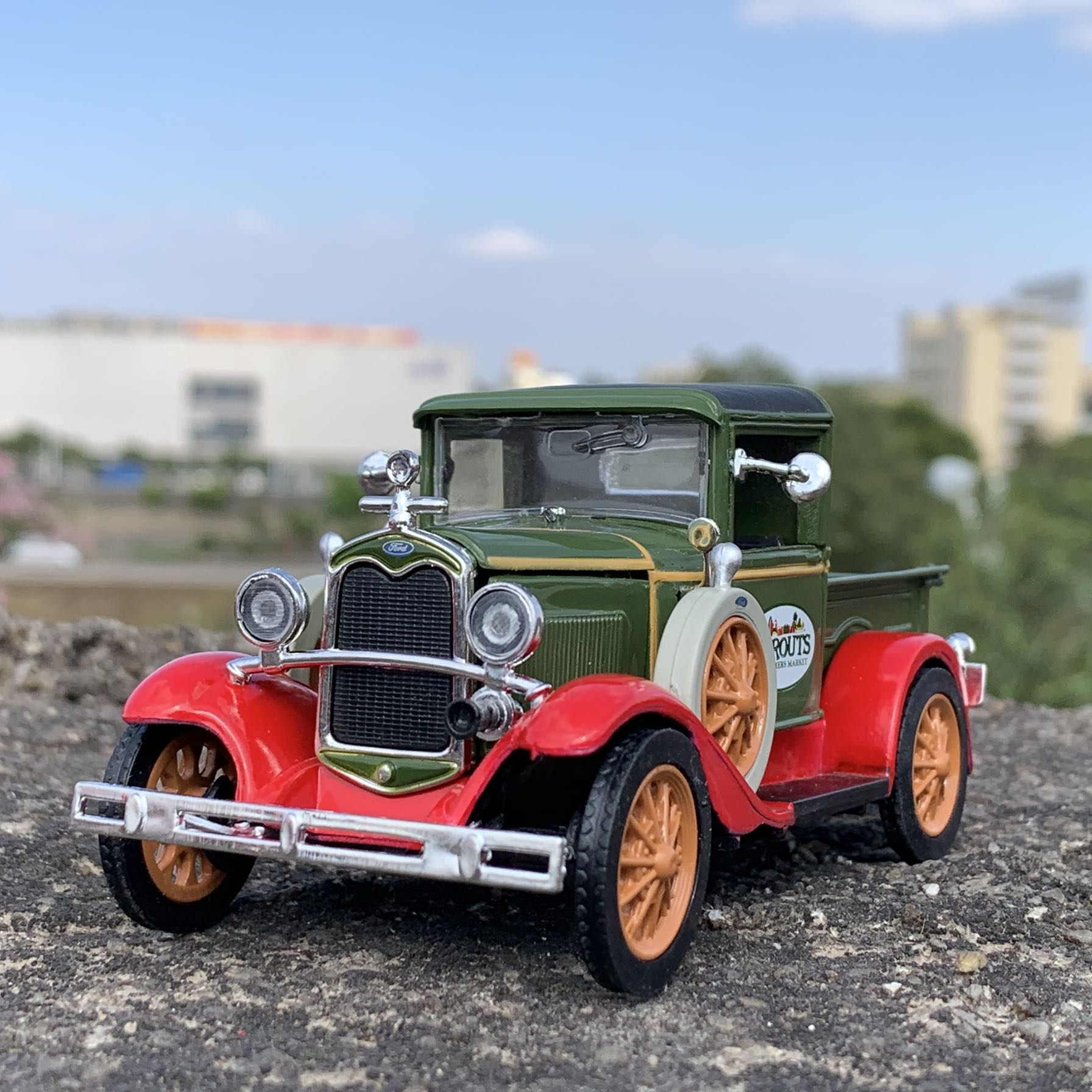 1/32 Alloy Classic Van Model Car For Ford Collection Decoration Length 13cm