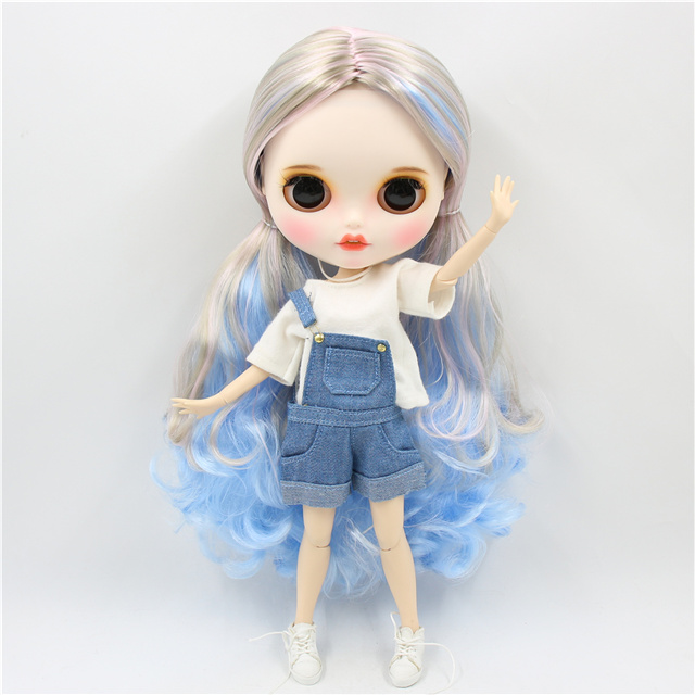 Lauren – Premium Custom Blythe Doll with Smiley Face 1