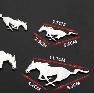 Image 3 - 2 Pcs 3D מתכת מוסטנג ריצה סוס צד דלת כנף פנדר סמל מדבקת מדבקות עבור פורד מוסטנג סוס רכב סטיילינג אבזרים