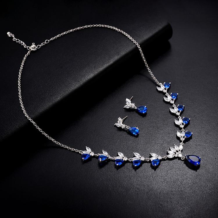 Ensembles de bijoux de dames de mariage de mode de goutte d'eau pour les femmes plein Pave cristal Zircon boucles d'oreilles colliers ensemble bijoux