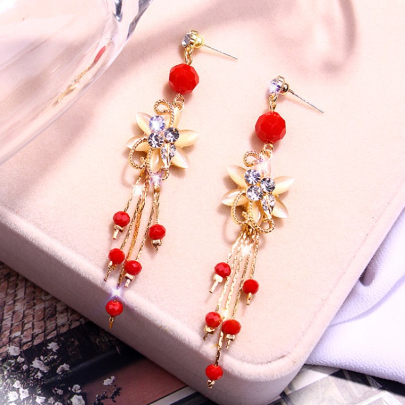 Chinese wind long tassel pendant Vintage Stud Earrings Elegant exquisite Prevent Allergy Women's Earrings Personality Trend