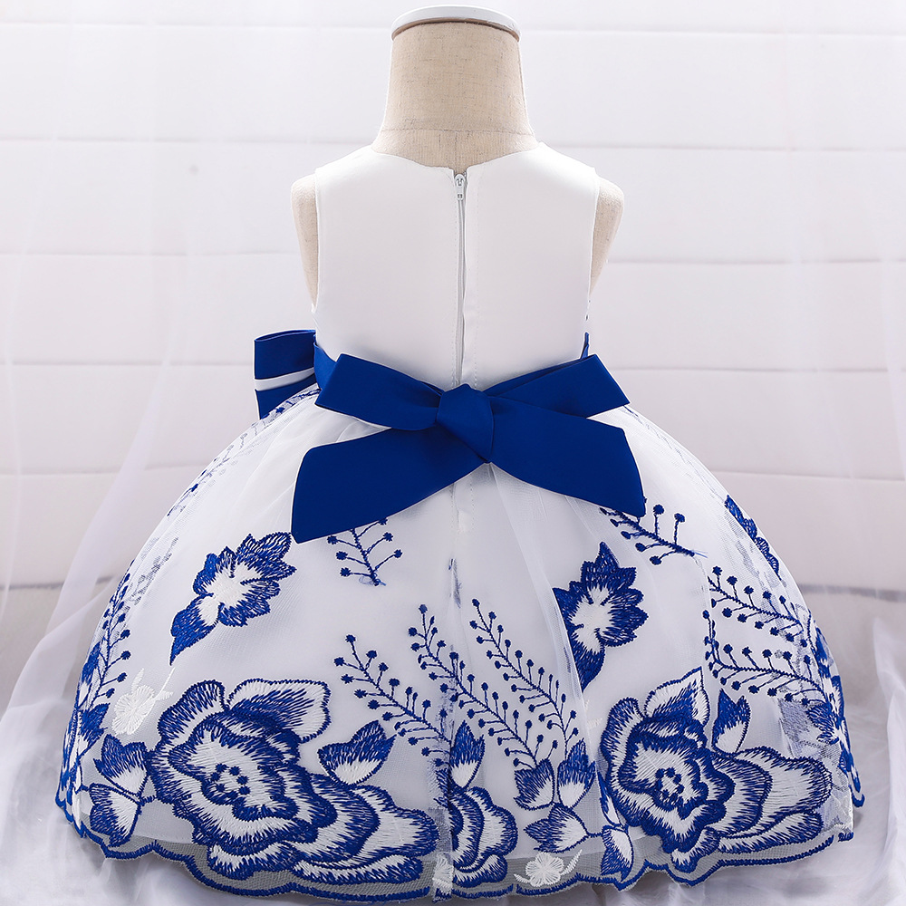 2019 Girls Wedding Dress Girls' Princess Skirt INS Embroidery Bow Baby A Year Of Age Wash Formal Dress Flower Girl