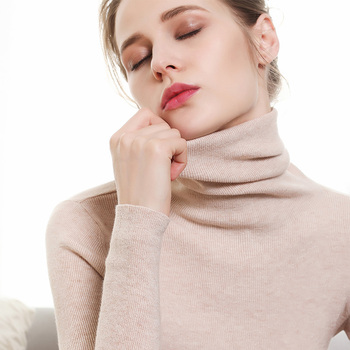 Autumn and Winter New Cashmere Sweater Women High Collar Pullover Fashion Sweater Warm Bottom Sweater 1