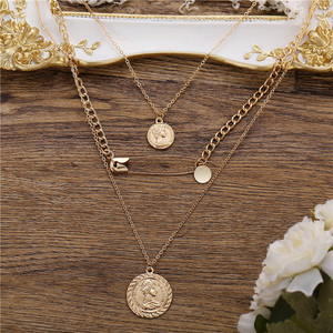 Bohemian Vintage Paper Clip Portrait Coin Necklace Engeaved Medallion Multi Layered Pendant Necklace for Women Collier Collares
