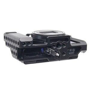 Image 4 - אלומיניום סגסוגת מצלמה כלוב מגן מקרה עבור Sony RX100 M7 VII 7 שחרור מהיר צלחת מייצב מתאם w/ 1/4 חוט חורים
