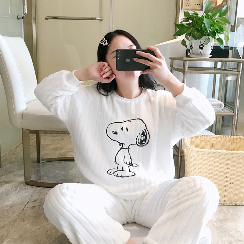 Cartoon Dumbo Pajamas Women's Winter Warm Thick Flannel White Simple Casual Long Sleeve Pullover Tracksuit