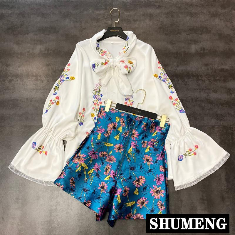Women Two Piece Set 2020 Spring And Summer New Style Flower Embroidered Lace-up Shirt + Flower Shorts Women's Suit Outfits