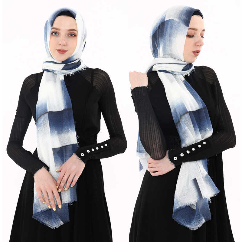 Spring New Cotton Women Scarf Plaid Muslim Headscarf Summer Thin Hijab Turban Bandana Women Square Scarf foulard femme musulman