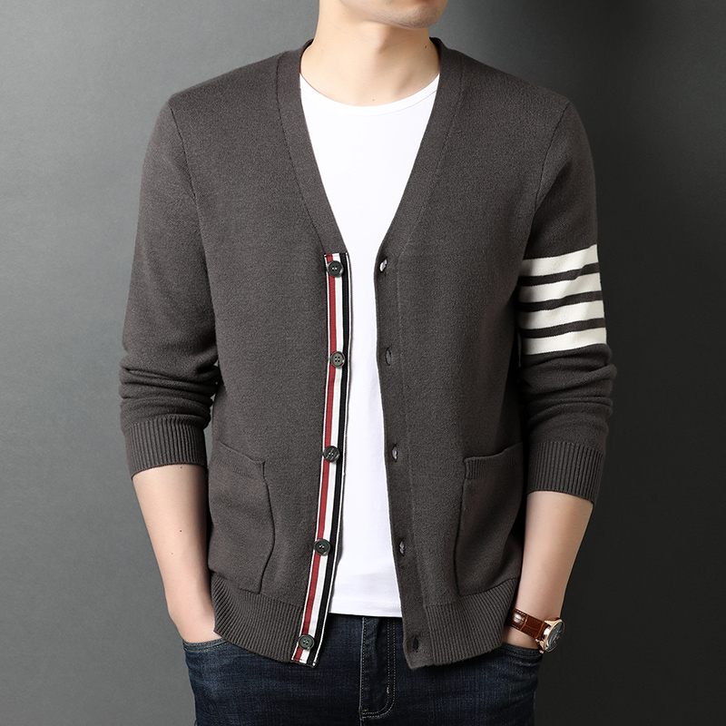 Top Grade New Autum Winter Brand Fashion Knitted Men Cardigan Sweater Black Korean Casual Coats Jacket Mens Clothing 2021 3