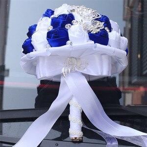 Image 3 - WifeLai 21cm גדול קריסטל כלה חתונה זר בעבודת יד רויאל כחול לבן סרט עלה חתונה זרי כלה Buque noiva W228