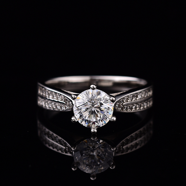 Geoki Passed Diamond Test Moissanite 925 Sterling Silver Star Starlight Queen Ring Round Perfect Cut Wedding Gem Ring for Women