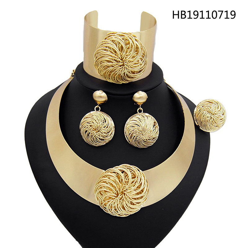 Yulaili New Nigerian Wedding African Bridal Dubai Jewelry <font><b>Sets</b></font> for Women Golden Color Big Necklace Earrings <font><b>Bracelet</b></font> Ring image