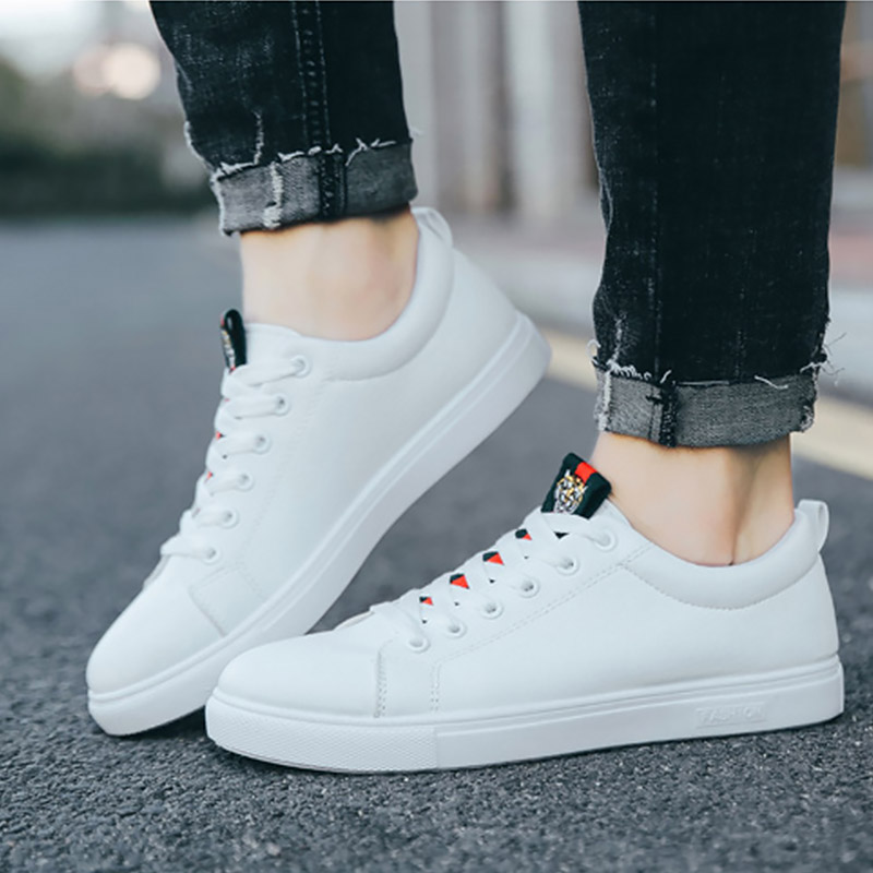 2020 New Casual Shoes Men Leather Flat Shoes Lace-up Low Top Sneakers Tenis Comfort Black White Sneakers Spring Autumn