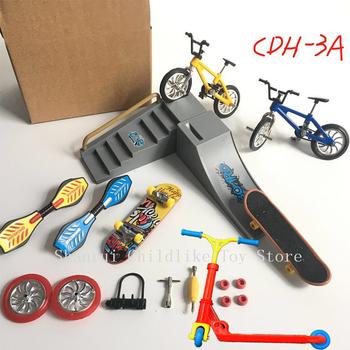 Gorąca sprzedaż minirower Mini hulajnoga fingerboard Skating Board Site dzieci edukacyjne zabawki Mini rower na palec modele na prezent dla chłopców dziewczyna tanie i dobre opinie Z tworzywa sztucznego CN (pochodzenie) clts-160 Certyfikat small parts not for the children 13*8*9cm Finger deskorolki 5-7 lat
