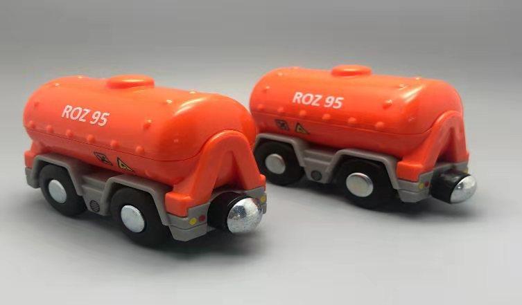 EDWONE деревянный магнитный Поезд Самолет деревянная железная дорога вертолет автомобиль грузовик аксессуары игрушка для детей подходит Дерево Biro треки подарки - Цвет: 1PCS D