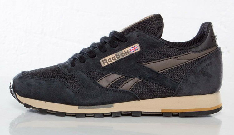 2019 Hot Sale Reebok CLASSIC LEATHER Sneakers For Men Badminton Shoes Lace-up Indoor Athletic Shoes Men's Black
