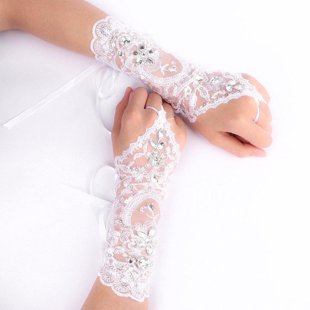 Fashionable Trendy Bride Wedding Dress Short Gloves Beads Rhinestone Lace Fingerless Gloves