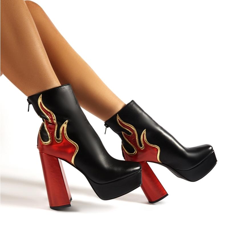 Ablaze Black เปลวไฟแพลตฟอร์ม BLOCK รองเท้าส้นสูงข้อเท้ารองเท้าเซ็กซี่รองเท้าส้นสูง PU รองเท้าหนังผู้หญิงสบายรองเท้าผู้หญิงฤดูหนาว 13 ซม.