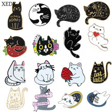 XEDZ New Cat Flowers Strawberry Brooch Collection Fashion Personality Cute Cat Animal Denim Badge Jewelry Gift(China)
