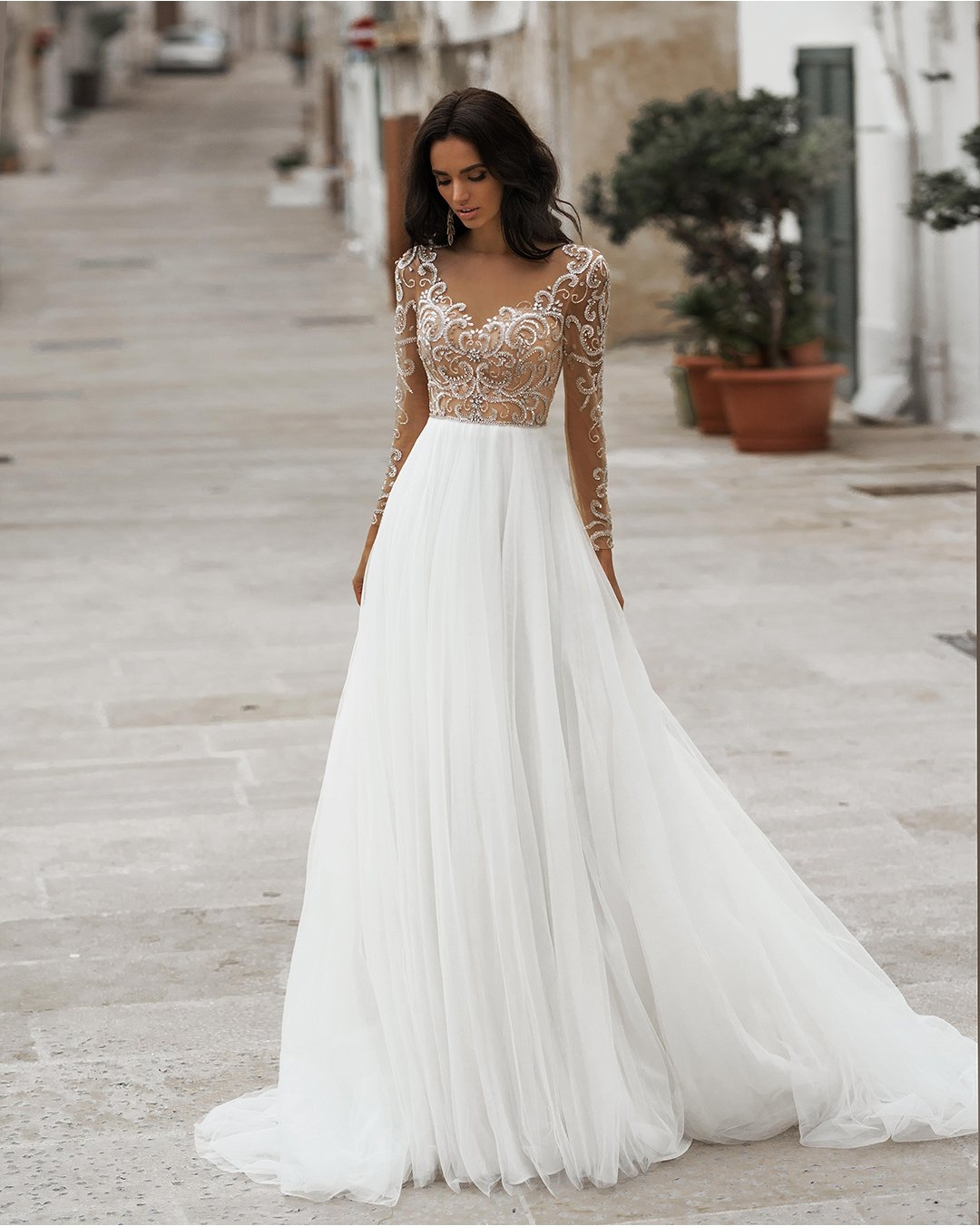 Vivian's Bridal 2019 Hot 3d Lace Crystal Beading Weding Dress Sexy Illusion Mesh Long Sleeve Button Soft Tulle Bridal Dress