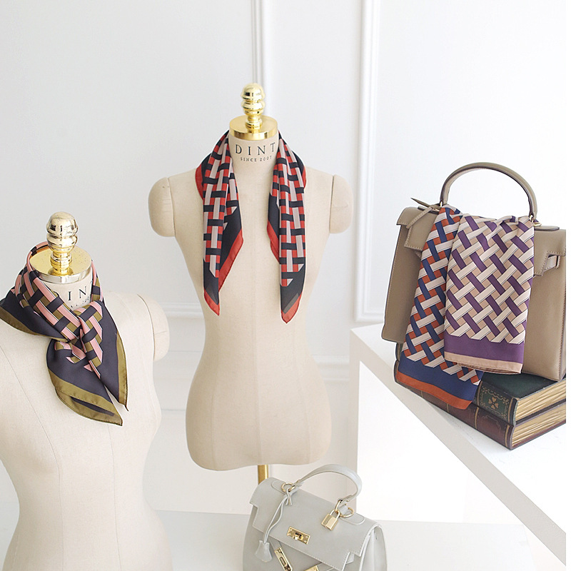 2020 New Style Silk Scarf Fashion Korean Scarf Chic Wind Scarf Four Seasons 70cm Plaid Square Scarf
