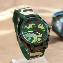 Unsex Специальное Предложение Студент Подарок Мужчины Спорт Часы Мода Камуфляж Армия Часы Зеленый Силикон Кварцевые Наручные часы Акции