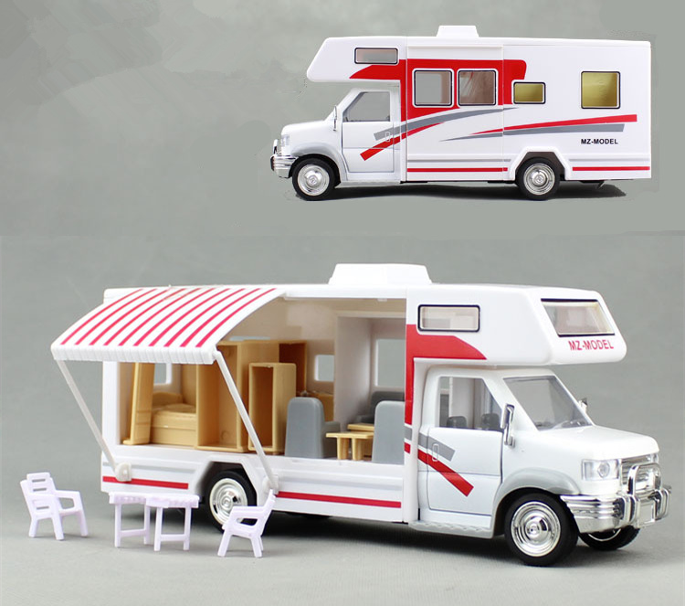 [Funny] 22cm Motorhomes Morto Home Coach Camper Van Model Diecast With Light And Sound Pullback Alloy Car Include Furniture Toy
