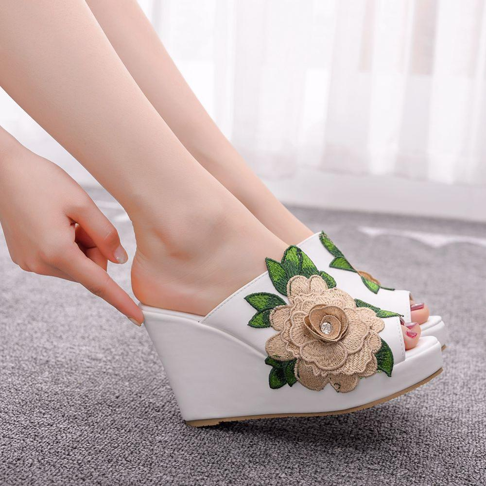 Crystal Queen Black White Peep Toe Platform Wedges Sandals Wedges High Heels Slippers Beach Sandals For Women Lace Flower