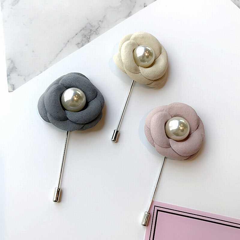 Korea Sederhana Kain Beludru Camellia Bunga Imitasi Mutiara Panjang Bros untuk Wanita Fashion Setelan Korsase Perhiasan Aksesoris