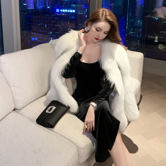 2021 Autumn Elegant Women Long Sleeve Slim Split Velvet Black Sexy Backless Evening Party Dress 5