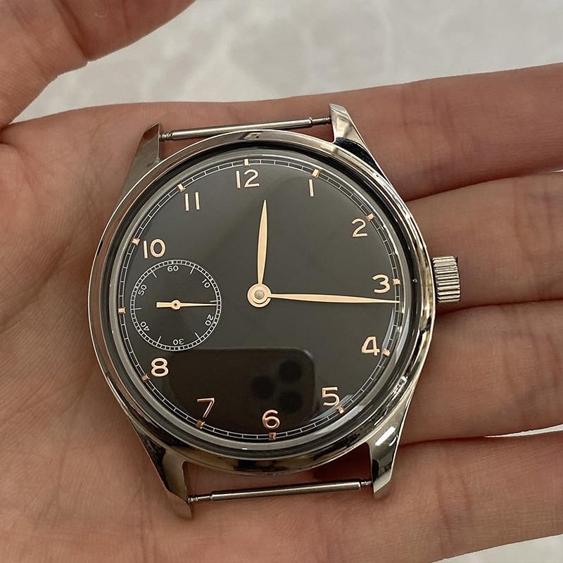 MINIMUS manual wristwatch