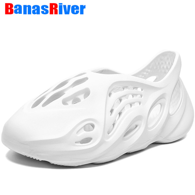 New Arrival  Breathable Clogs Fashion Croc Beach Foam Runner Plus Size 35-48 Unisex Cool Summer Sandals Men's Hole Shoes Slip On