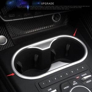 Image 4 - LAPETUS przednie siedzenie ramka trzymająca kubek z wodą Panel obudowa zgrabna Fit dla Audi A4 B9 A5 2016   2020 ABS Chrome wnętrze zestaw