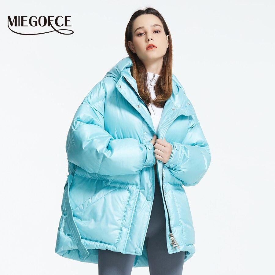 MIEGOFCE 2019 Новая зимняя женская куртка высокое качество яркие расцветки утепленные дутые куртки стойкий воротник с капюшоном Куртка утепленн... - 3