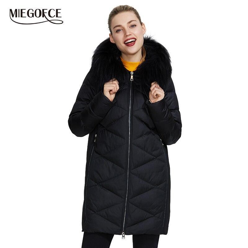 Miegofce 2019 nova coleção de inverno feminino jaqueta design extraordinário casaco lá capuz com pele na altura do joelho quente parka
