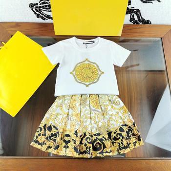 Girl Summer Clothing 2020 Designer T shirts + Floral Print Pleated Skirt 2 Piece Set Brand Slim T-shirt Skirt Outfit Streetwear
