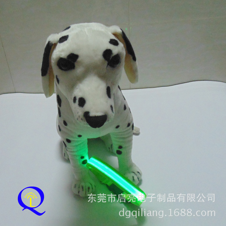 Luminous Collar Collar Pet Supplies Dog Neck Ring LED Nylon Flash Dog Traction Rope Supply Of Goods