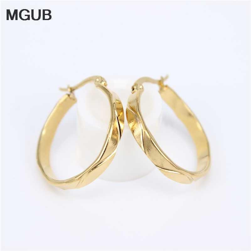 MGUB זהב צבע/כסף צבע חלק נירוסטה פופולרי נשי אוזן תכשיטי חלק רעיוני מטוס פשוט תליית טבעת LH154